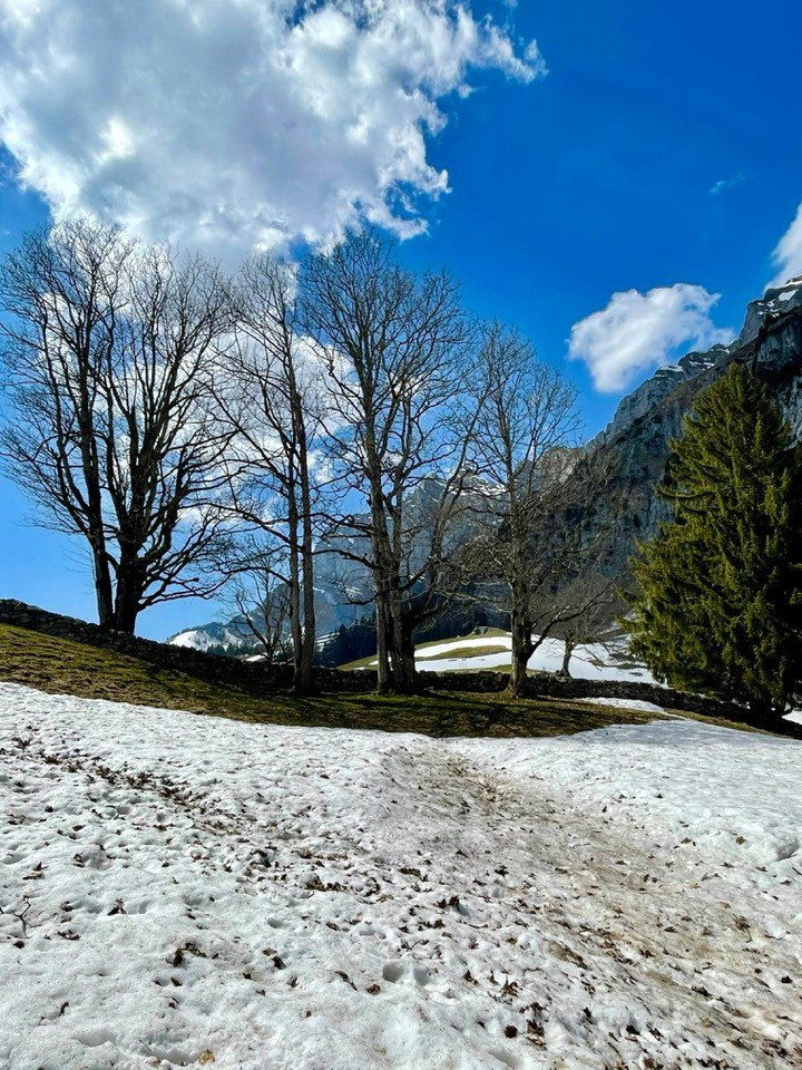 A hike to Paxmal near Walenstadt