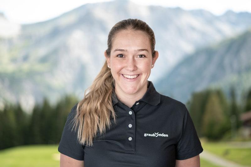 Enjoy a Golfing Day in Graubünden with a Caddie