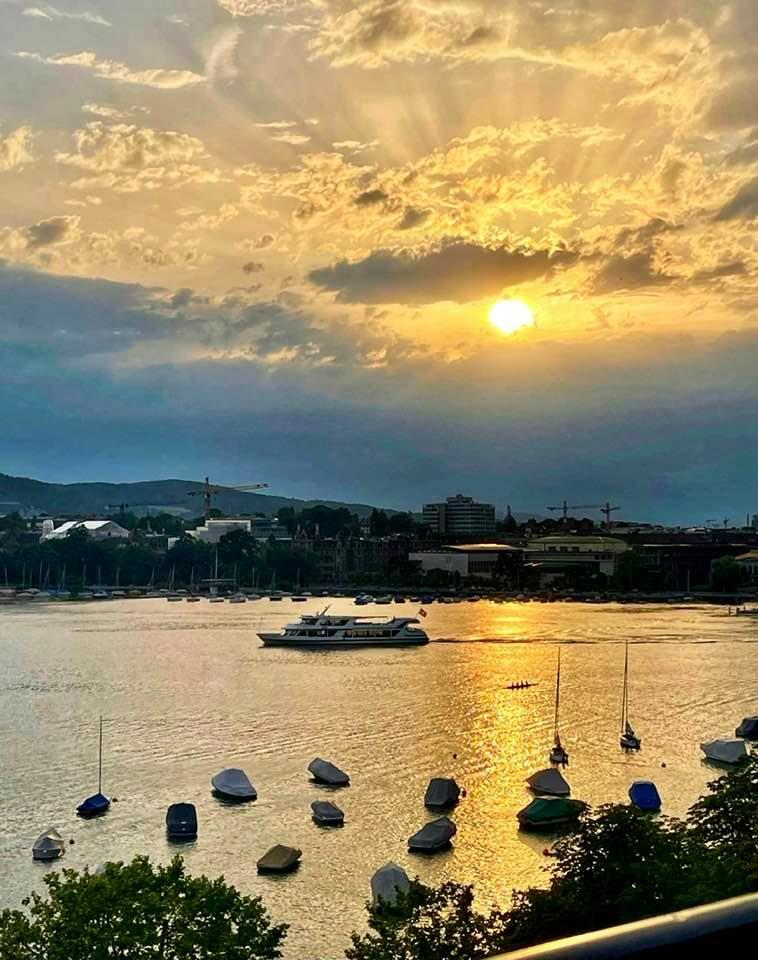 Views over lake Zurich from La reserve eden au lac zurich