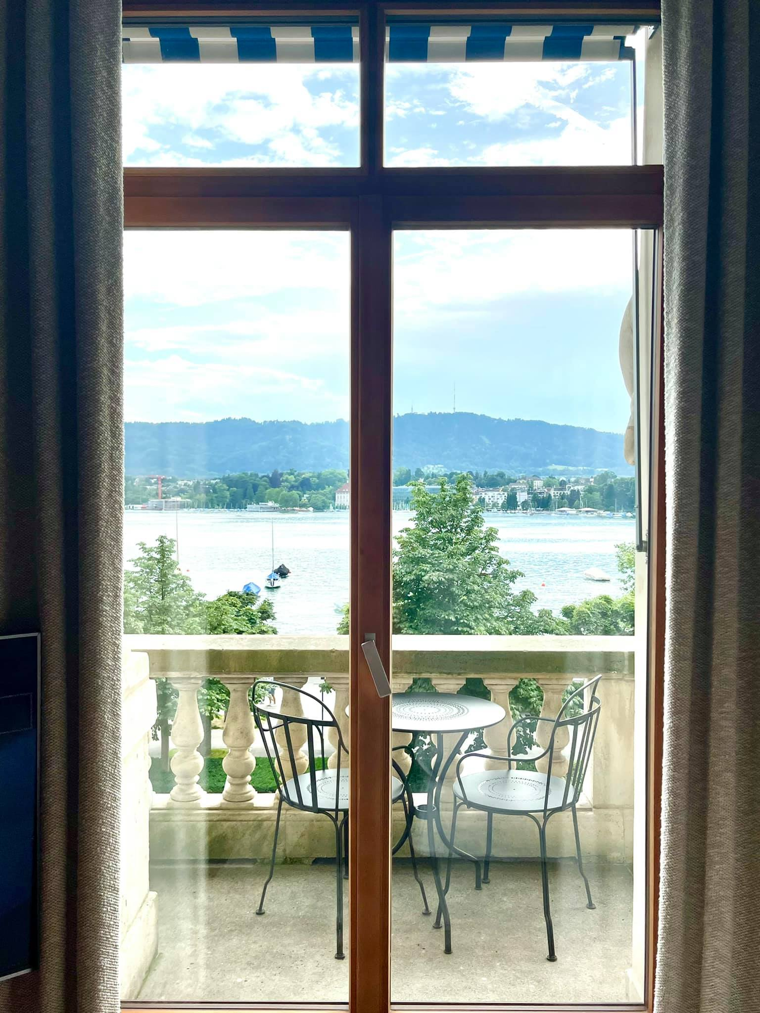 Bedroom at Hotel La Réserve Eden Au Lac Zurich