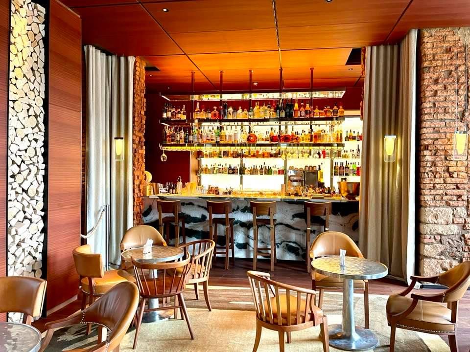 Bar at La Reserve Hotel Eden Au Lac Zurich