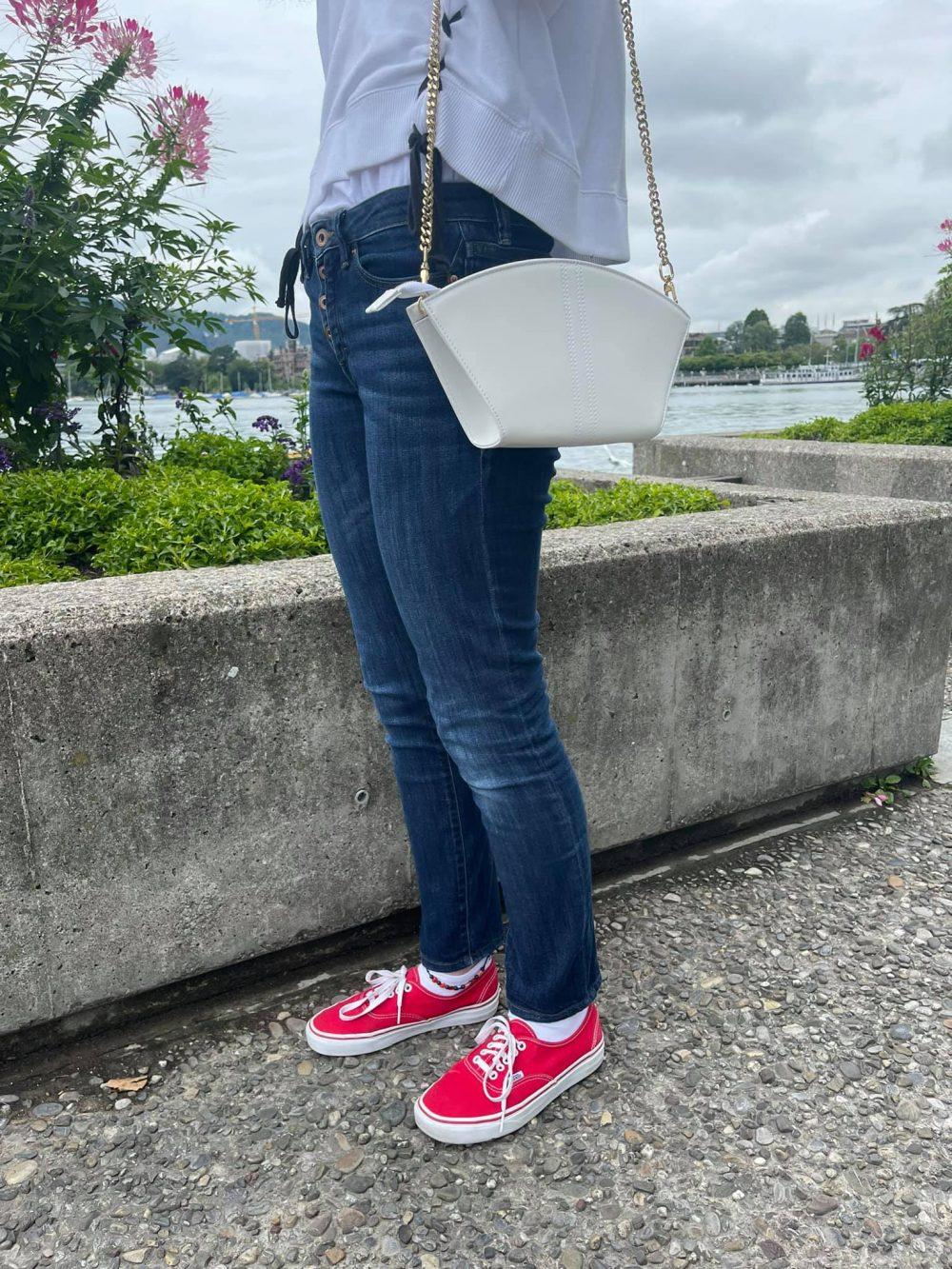 Sustainable Vegan Handbags by Swiss Startup KOVU Made of Corn Leather