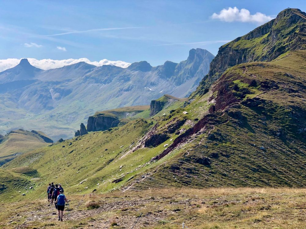 The path off Gulmen is steep down this grassy flank - Flumserberg hike