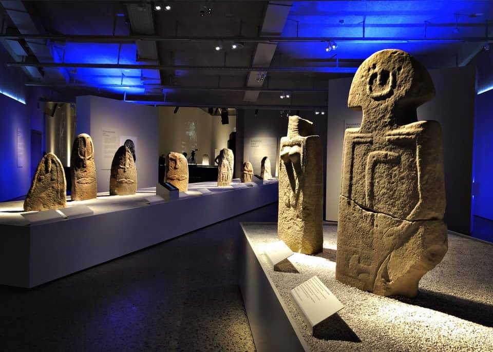 Humans. Carved in Stone. Exhibition at the Landesmuseum Zurich