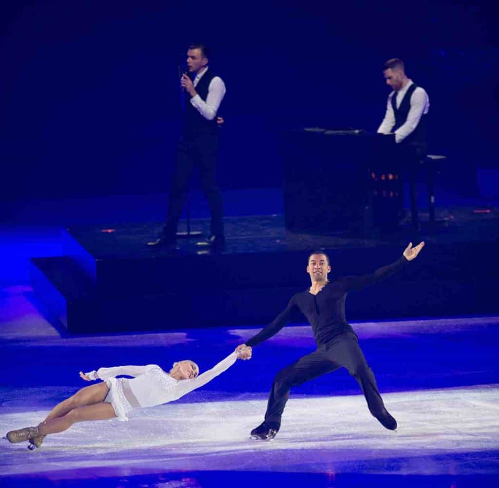 Hurts at Art on Ice