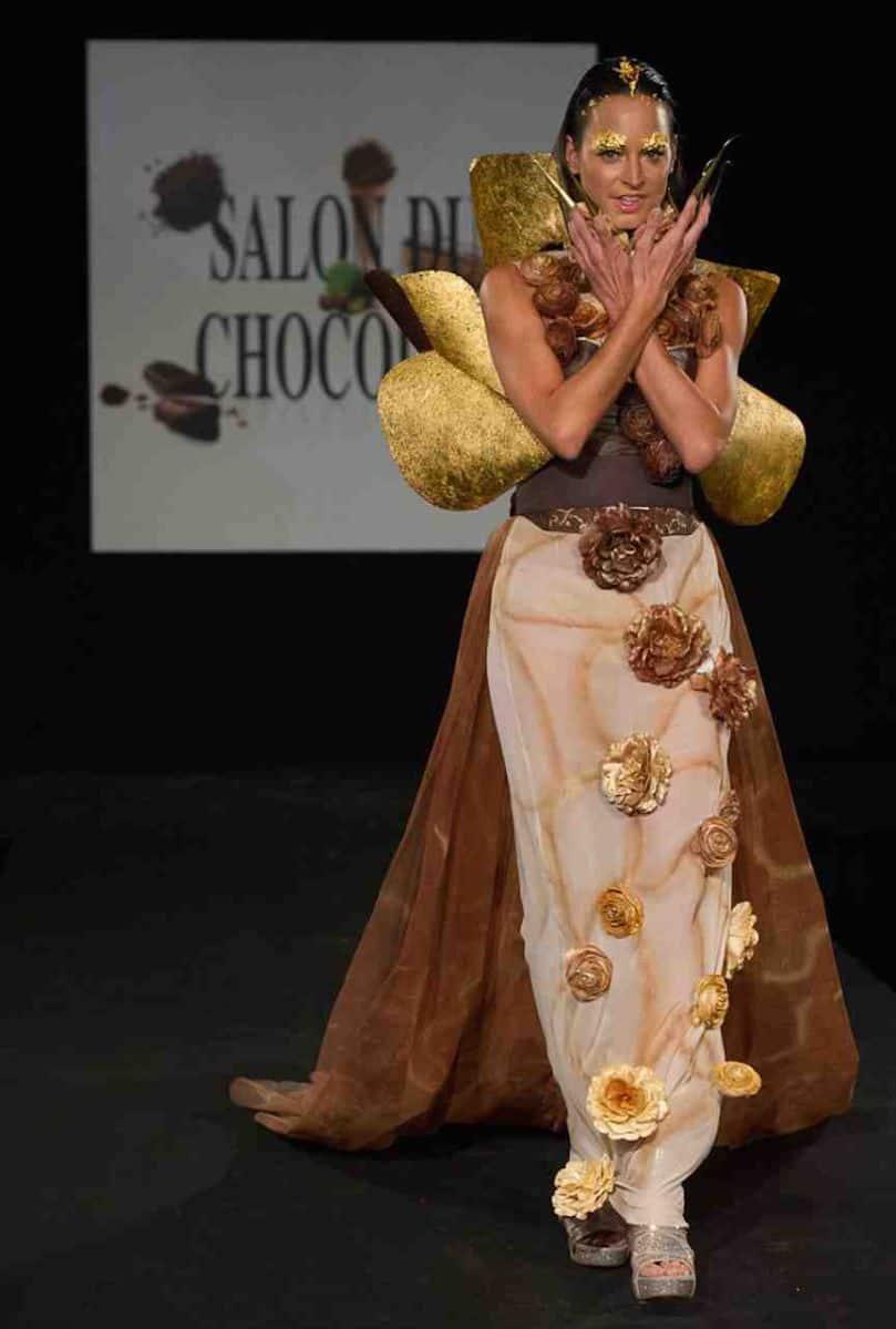 Chocolate dresses at the salon du chocolat 2014 in zurich for Salon du chocolat montauban