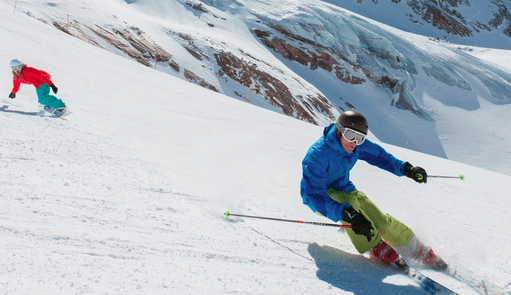 Ski and snowboard testing in Saas Fee